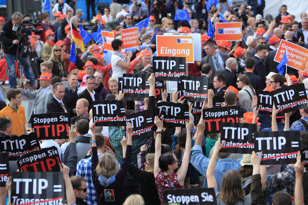 TTIP protest in Hamburg (photo campact)
