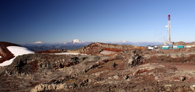 Geothermal project on a volcano in Chile (photo Geo Thermal/Flickr)