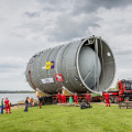 Transport of a heat storage tank for use in a district heating system fed by a waste incinerator in Duiven, the Netherlands, operated by Nuon (photo: Nuon-Jorrit Lousberg)