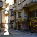 gas pipes in a courtyard in Bucharest (photo Matthieu Dalmasse)