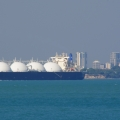 LNG ship leaves Darwin harbour in Australia (photo Eyeweed)